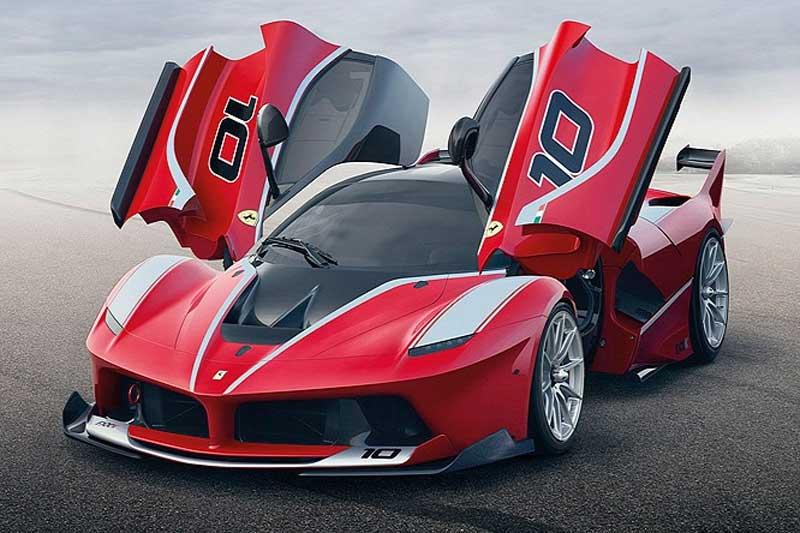 Csak profik vezethetik az 1050 lóerős Ferrarit