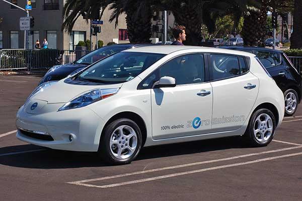 Az új Nissan LEAF bevezetése Európában