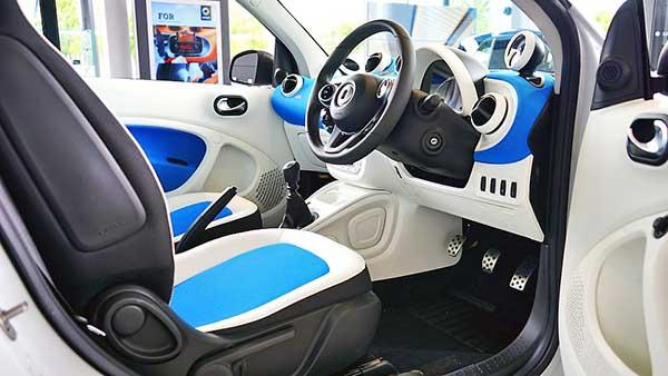 Örökösen nő a modern személygépkocsik eladása Csehországban