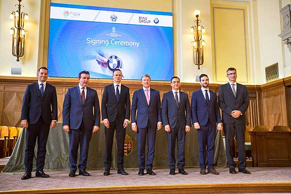 Aláírták a BMW Group magyarországi beruházásának első szerződéseit