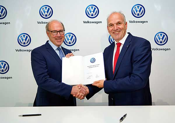 Digitalizálja értékesítését a Volkswagen – Új időszak kezdődik 2020-tól az autóvásárlásban