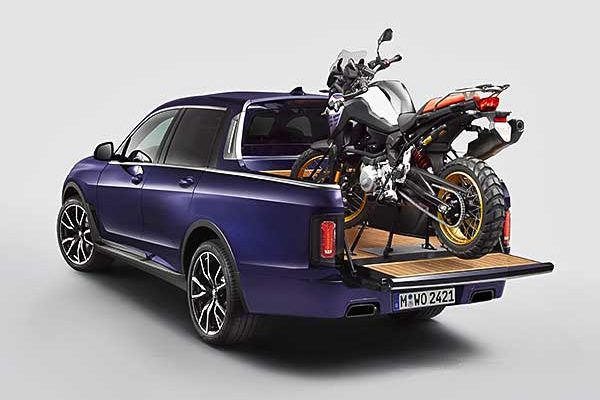 Luxus kiállás maximális terepjáró készségekkel: az egyéni igényeknek megfelelő BMW X7 pickup