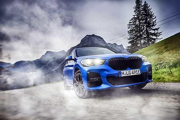 Fenntartható vezetési behatás két erőforrással és okos összkerékhajtással: megjött a BMW X1 xDrive25e