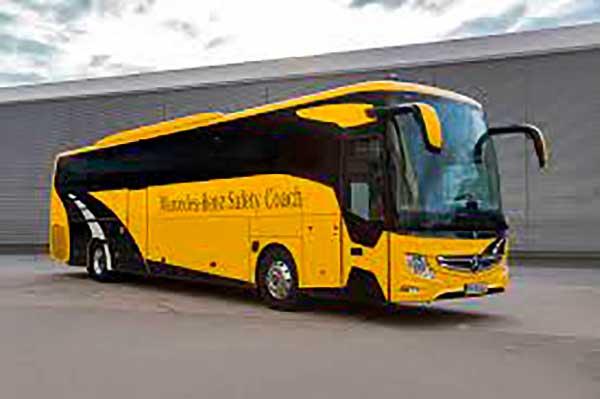 Tizenhét új Mercedes busszal bővül a győri tömegközlekedés járműparkja