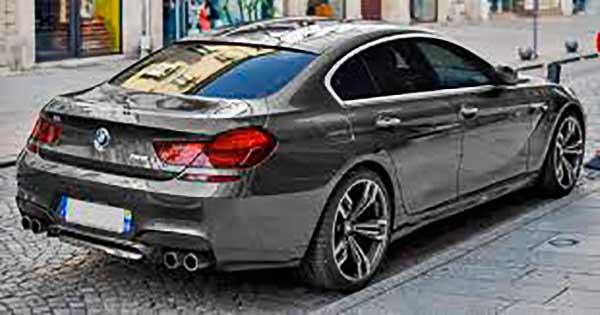 """""""A BMW nyújt támogatást ébren tartani az ösztöneimet"""" – Philipp Eng a verseny-szimulátorról"""