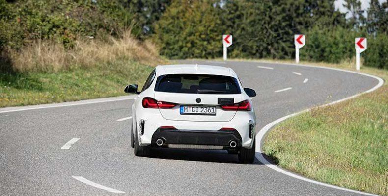 """Edzés a """"Zöld Pokolban"""": a korszerű BMW 128ti már a Nürburgringen tréningezik"""