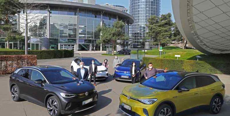 Átadta az első ID. 4 modelleket Németországban a Volkswagen