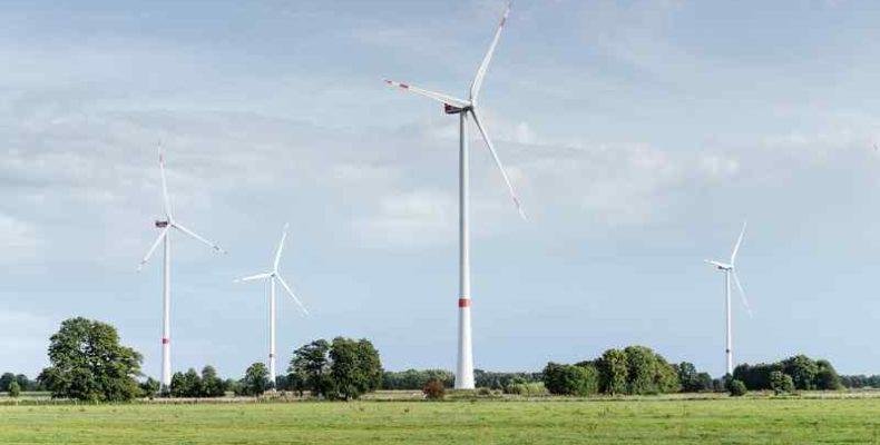 Komolyan nő az üzemek áramellátásán belül a megújuló energia aránya