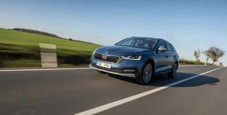Az ENYAQ iV, az OCTAVIA és a SUPERB modellek az import gépjárműk élén az Év összekerékhajtású gépkocsija választáson